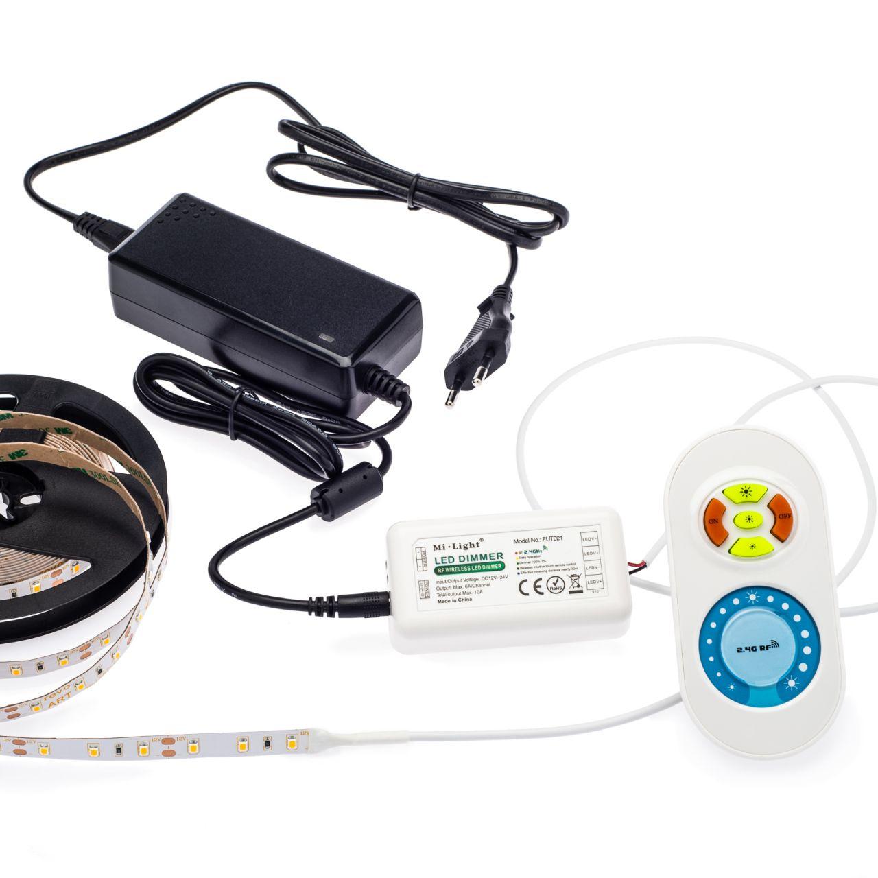 12V LED Streifen Set, mit Fernbedienung und Netzteil, 250cm Länge, Lichtfarbe warmweiß