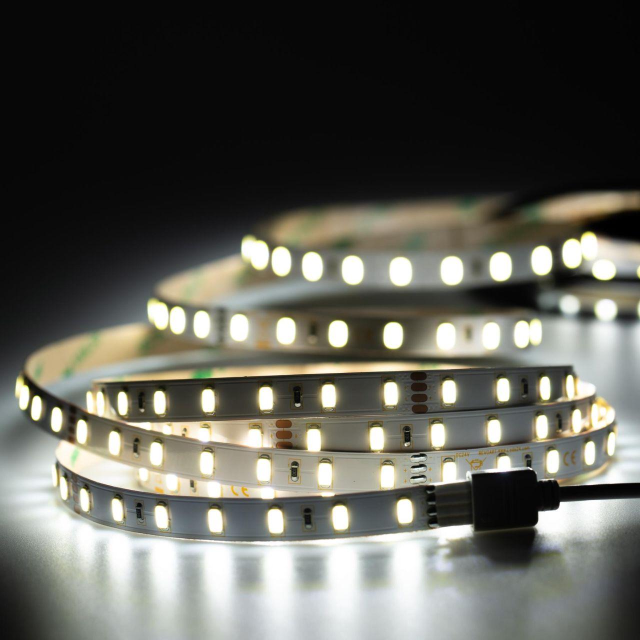 24V High-Power LED Streifen – weiß – 70 LEDs je Meter – alle 10cm teilbar