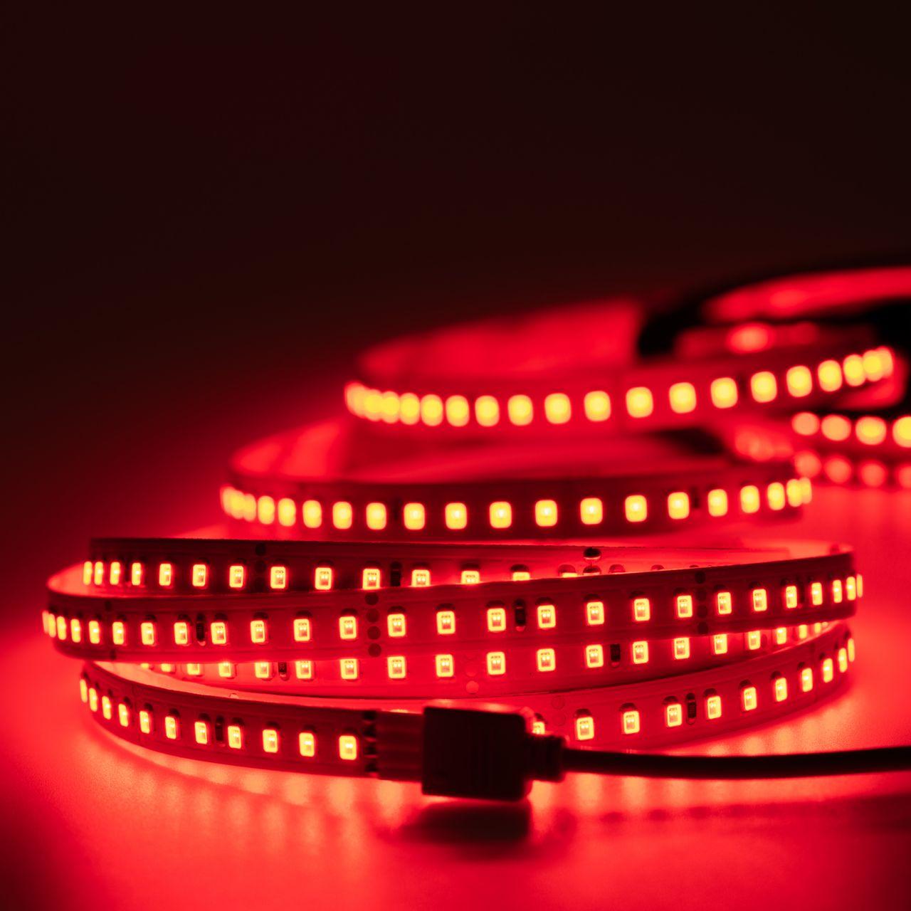 24V LED Streifen – rot – 140 LEDs je Meter – alle 5cm teilbar