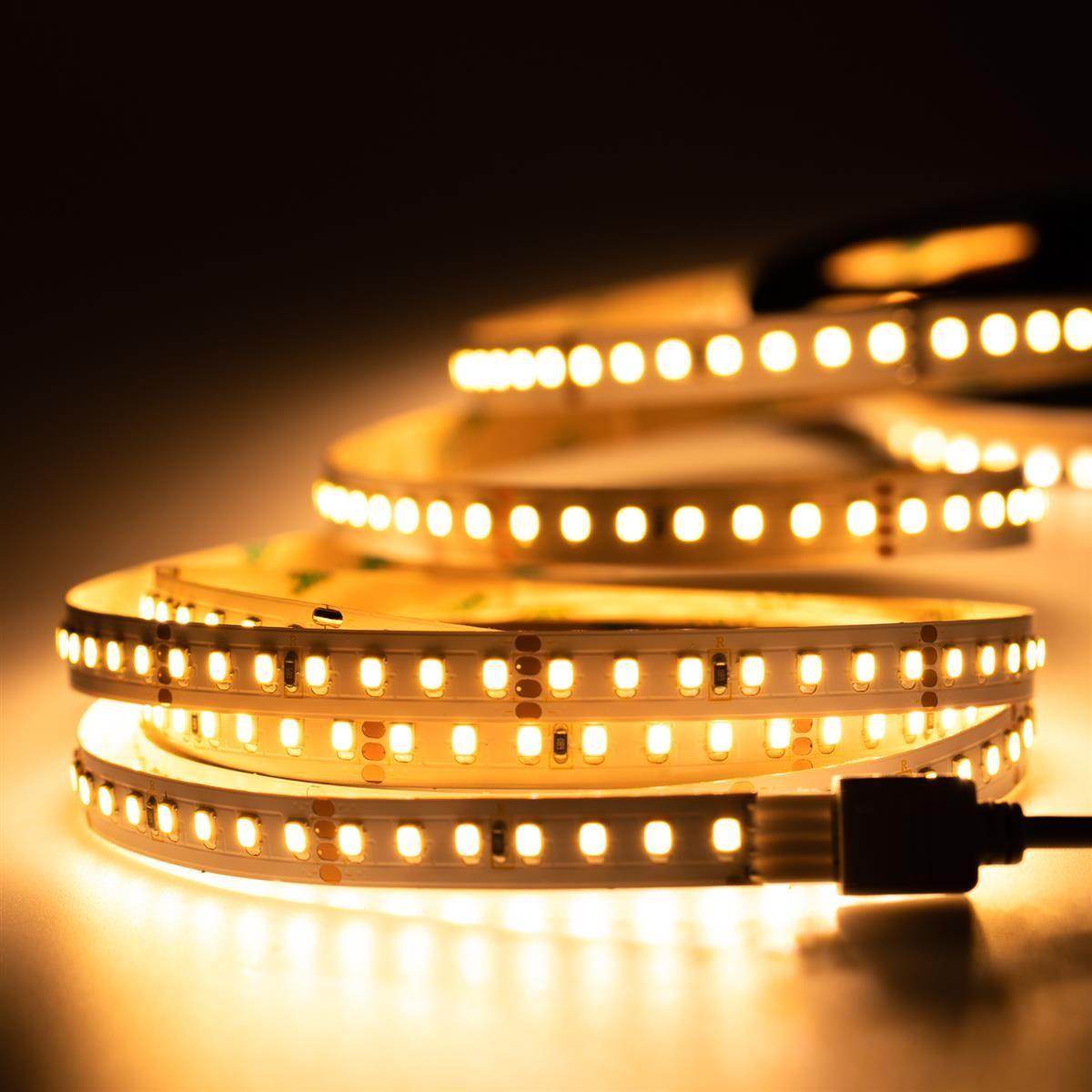 24V LED Streifen – warmweiß – 140 LEDs je Meter – alle 5cm teilbar