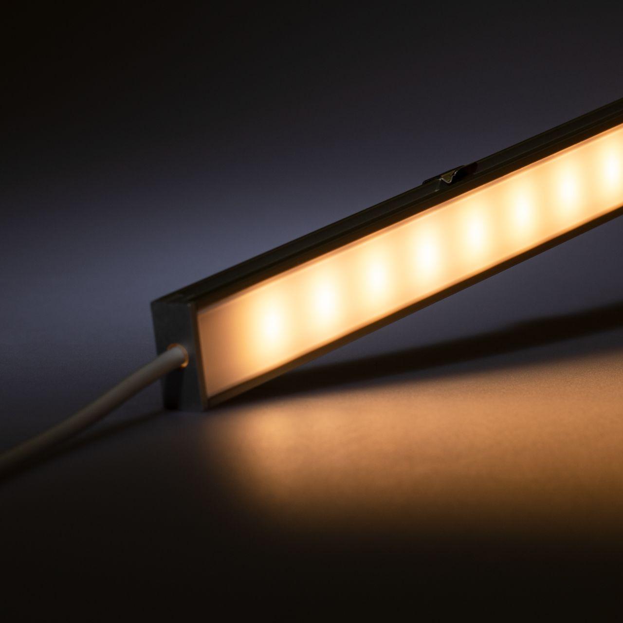 12V Aluminium LED Leiste mit wasserfester Abdeckung– warmweiß – diffuse Abdeckung - IP65