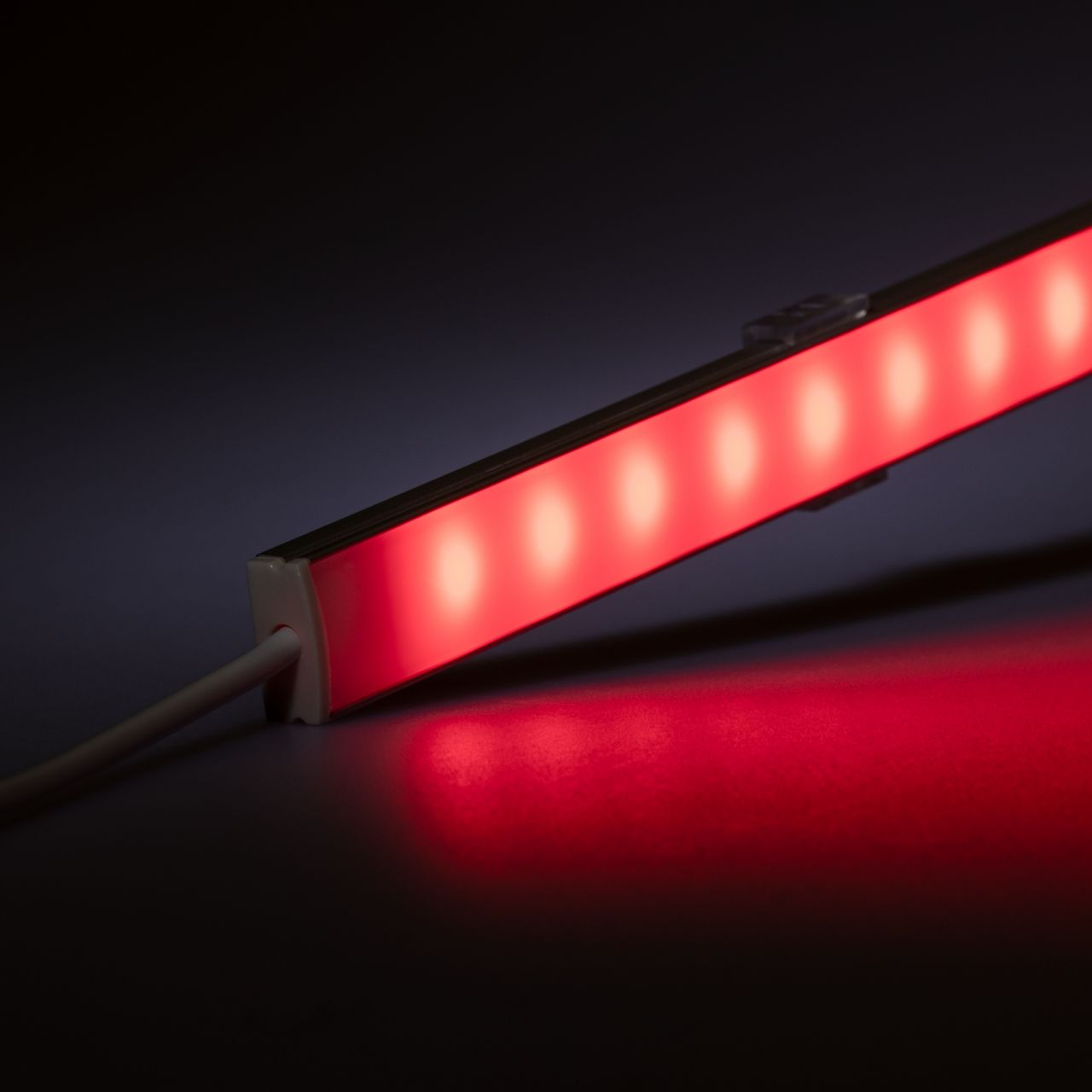12V Slim-Line Aluminium LED Leiste – RGB – diffuse Abdeckung