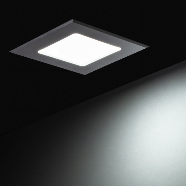 230V LED-Einbauleuchte – weiß – 12x12cm – eckig